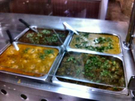 punjabi tadka buffet station © nyindia.us