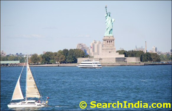 statue of liberty picture © NYIndia.us & Rekha Inc